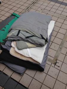 福岡市中央区で布団1組回収の写真