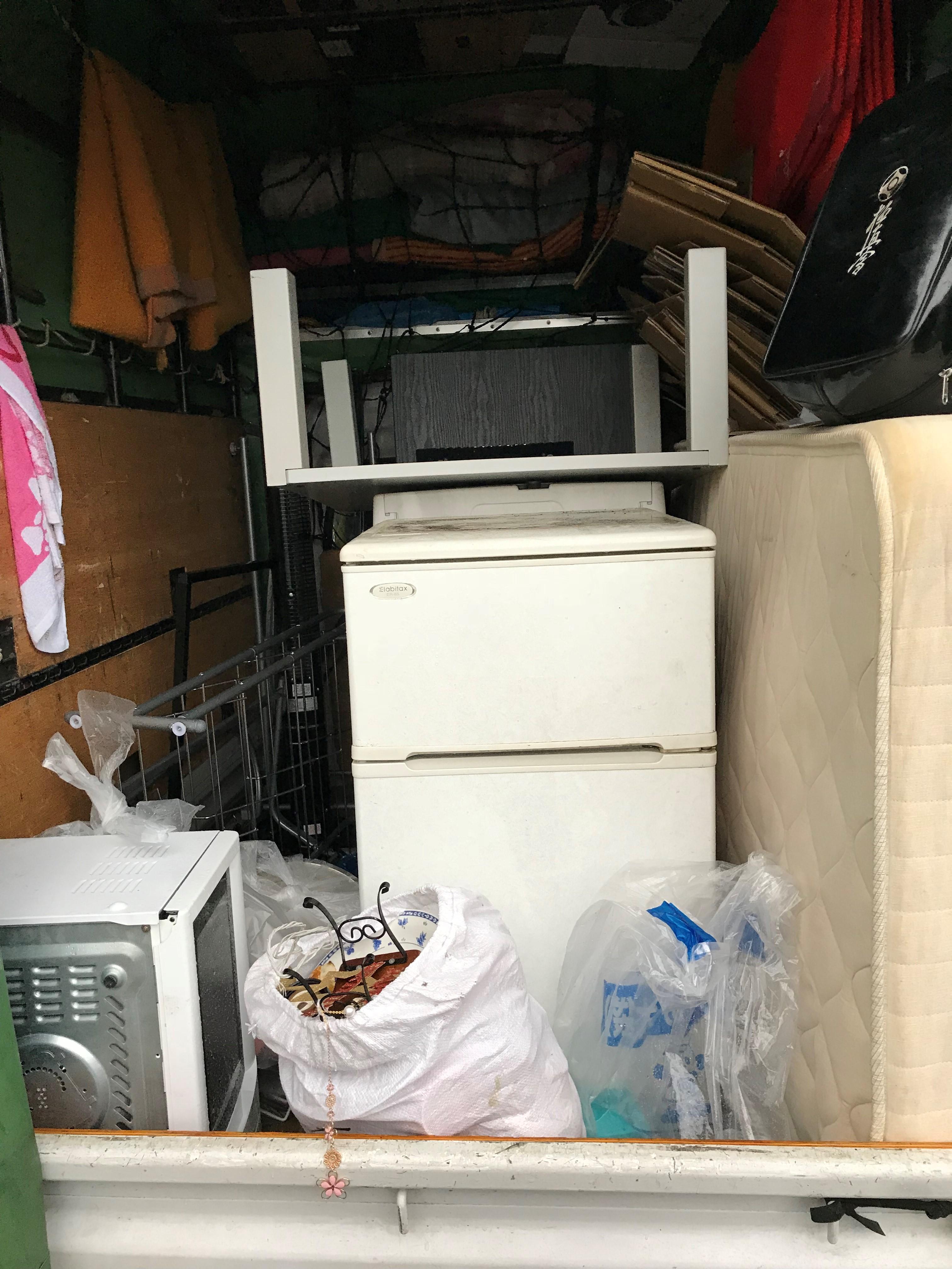 お引越しシーズンも指定日時で予約可能!処分の面倒なリサイクル家電も他のゴミとあわせて楽に処分できた、とお喜び頂けました!