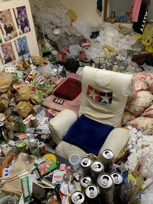 【宮崎市】ゴミ屋敷状態のお部屋の家庭ごみの回収☆他のところより安く回収してもらえて良かったとご満足いただけました!